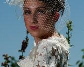 Quality Luxurious Ostrich feather Wedding headpiece veil tiara comb headband rhinestones and feathers