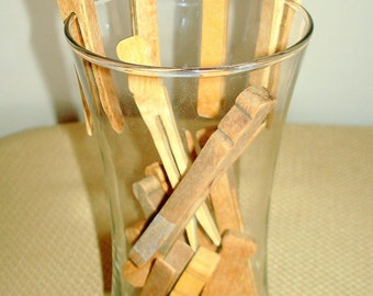 Wooden Clothes Pins Clothespins Vintage Mid-Century  (16) Sixteen Count Flat Style Pins Laundry Accessories Craft Supplies