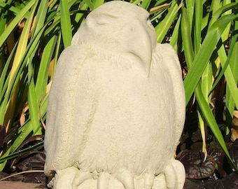 MEDIUM MEDITATING EAGLE Stone Garden Buddha Animal Sculpture