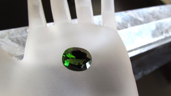 Tourmaline Green Oval Shape Over 6 cts October Birthstone Loose Gemstone for Fine Gemstone Jewelry Pendant or Ring