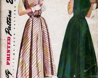 Bust 32-1950's Misses' Dress with Fly Front and Detachable Collar and Cuffs  Simplicity 2403  Size 14