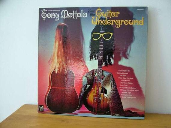 John De Vries Design Art The Guitar Underground Album Tony Mottola Vinyl Record LP Groovy Swingin