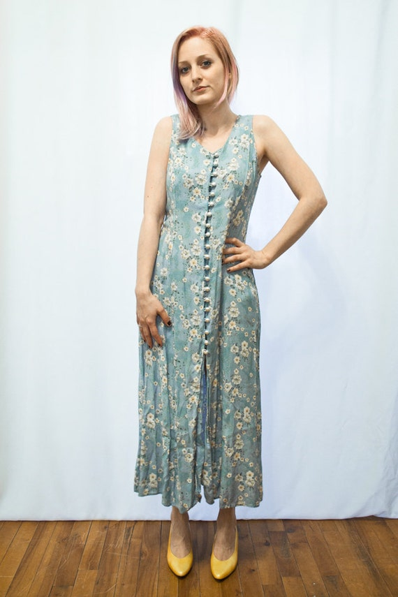 90s Pale Blue FLORAL MAXI Dress with Pearl Buttons M