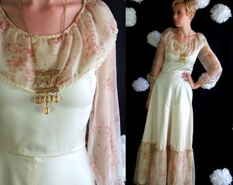 vtg 70s Romantic FLORAL Peaches and Cream satiny lace MAXI DRESS hippie boho xs