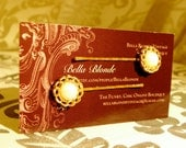 Women/ Accessories/ Vintage/ Jewelry/ Women/ Hair/ Vintage Pearl & Gold Button Bobby Pins - Set of 2