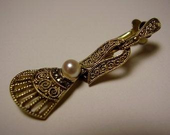 Vintage German Art Deco Theodor Fahrner 1930s 1940s Sterling Silver Vermeil Pearl Marcasite Clip On Earring Silber