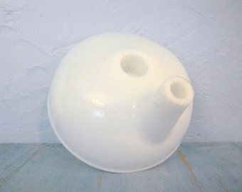 White Milk Glass Juicer Funnel / Vintage Sunbeam MixMaster Juicer Funnel / White Milk Glass Funnel / Kitchen Decor