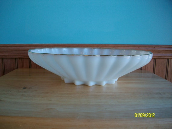 White Milk Glass Vintage Fluted Bowl with Gold RIm Edge, VIntage White Milk Glass, Decorative Kitchen Bowl