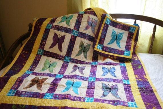 Hand Quilted hand appliqued Boutique Quality  Beautiful Bright Butterfly Quilt and Tote.