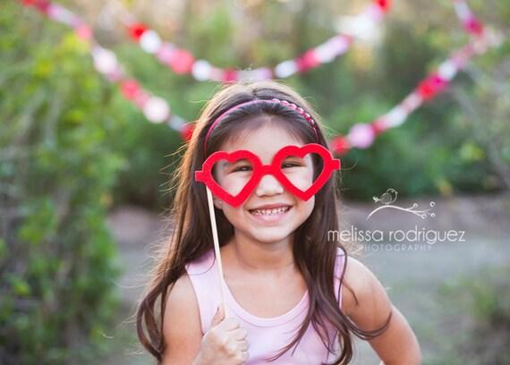 Felt Heart Prop Glasses   Heart Photo-Booth Glasses   Heart Prop Glasses
