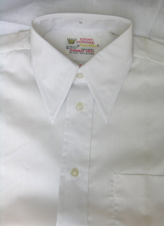 vintage  60's - 70's Men's short sleeve dress shirt. 'New Old Stock'. Big collar - Pure sanitary White. - Medium 15