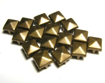 100 Medium Bronze Pyramid Studs - 8mm x 8mm - Square Peaked Metal Studs, 4 Back Prongs, Strong & Sturdy - Rich Brown Copper Metallic Tone