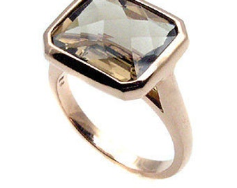 Smokey quartz ring .