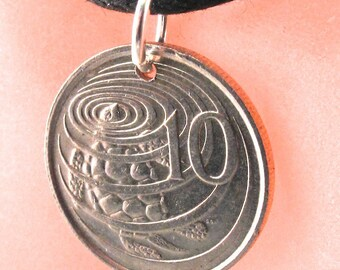 TURTLE  necklace. Turtle jewelry . CAYMAN ISLANDS coin.  sea turtle coin. coin pendant. animal coin Choose year No.001110