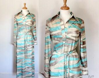 70s Dress / 70s Maxi Dress / Graphic Polyester Dress / California Girl / 70s Boho Dress / Shirt Dress
