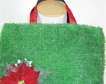Christmas Poinsettia tote with snowglobe cotton fabric lining