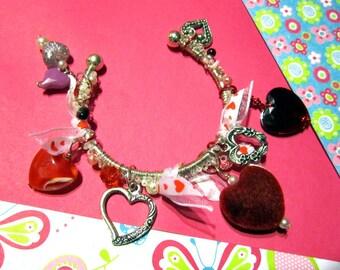 Hearts-a-Plenty Bangle Charm Bracelet