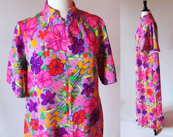 Vintage 70's Flower Print Robe, 60s 70s Dressing Gown House Coat, Free shipping