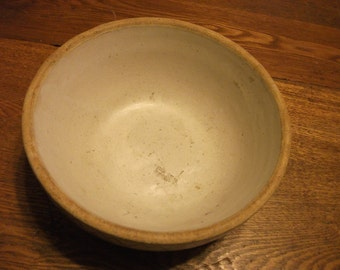 "Vintage small sandstone mixingbowl  8"" diameter 4"" high  Gray color"
