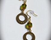Boucles d'oreilles verts dorés