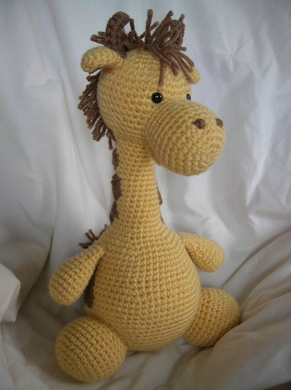 Girard la jirafa Amigurumi Crochet patrón único por daveydreamer