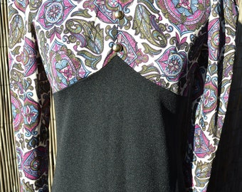 Black and psychedelic paisley print maxi dress, c.early 1970s/late 1960s, high collar and button detailing