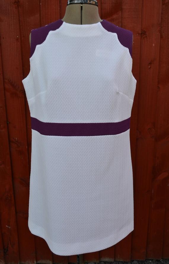 SALE Vintage 1960s purple and white mod sleeveless shift mini dress