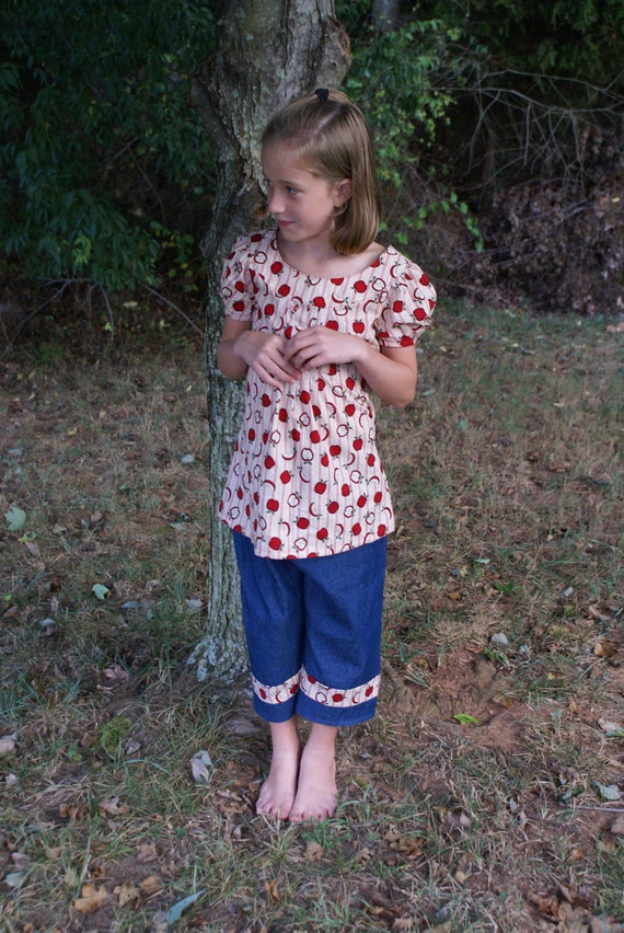 Back to School Girls Apple outfit - Size 6 CLEARANCE