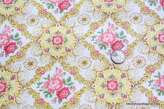 1970's Vintage Wallpaper Yellow  with pink roses