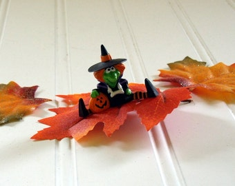 Sitting Halloween Witch with Pumpkin - Vintage Hallmark Cards Collectible - Merry Miniatures Halloween Hallmark Collectible Circa 1986