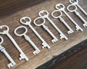 Silver Skeleton Keys - 60 x Antique Silver Vintage Skeleton Key Charms Old Style Key Pendants Bulk Skeleton Keys - The Master's Keys