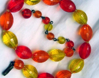 Vintage Divinely Transparent Yellow and 2 Shades of Orange Choker Necklace