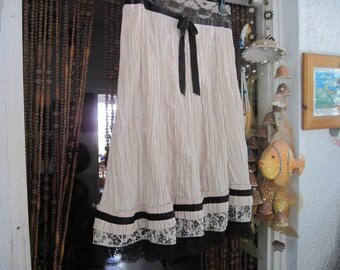 Unique French Crepe-Georgette 3 Layers & Black Lacy Hemmed Skirt with Black Satin Ribbons, Vintage - Large