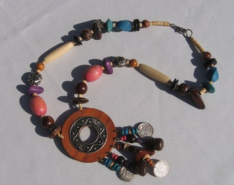 Necklace - Wooden Beaded - Vintage 1970s - Bohemian Style - Hippie Movement -