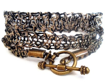 Antique Gold Ethnic bracelet - 14k Gold wire and black crochet knitted - Airy Summer mood