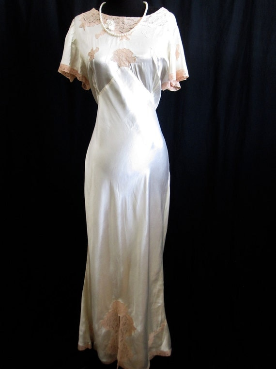 HOLD ROBIN 1930s Authentic Great Gatsby Art Deco Wedding dress Ivory Satin Blush Lace Flutter Sleeve Bias cut Back Plunge Cocktail Party