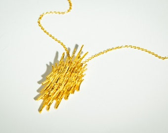 Gold Plated Fairmined Pendant-Guermante Necklace-Sustainable Jewellery For Her-Fair trade Pendant-Gold Plated Contemporary Jewel-Barcelona