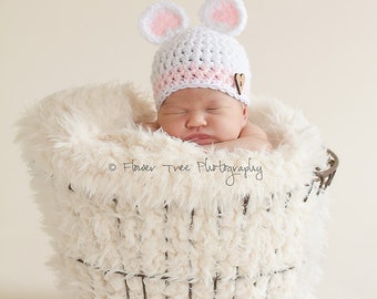 Newborn Bear Hat, Pink and White Hat, Newborn Girl Hat, Newborn Photo Prop, Infant Girl Hat, Crochet Baby Hat, Newborn Bear Hat, Animal Hat