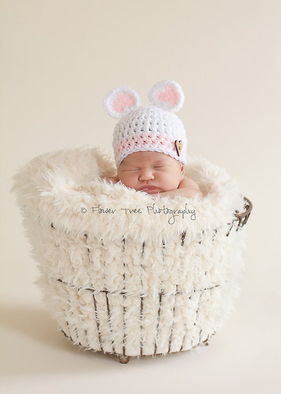 Newborn Bear Hat, Pink and White Hat, Newborn Girl Hat, Newborn Photo Prop, Infant Girl Hat, Crochet Baby Hat, Newborn Bear Hat, Animal Hat
