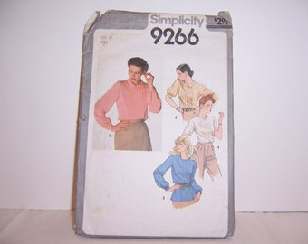Simplicity 9266 Size 10 Miss Used Blouse with Tucks Down the Front Free U.S. Shipping