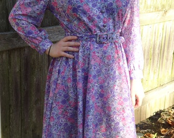 Pretty Belted Floral Shirtdress