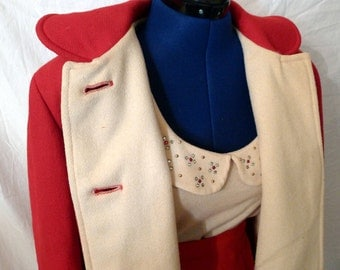 Gorgeous 1950s Hip Length Coat in Bright Red and Cream Wool with Amazing Detailing--M