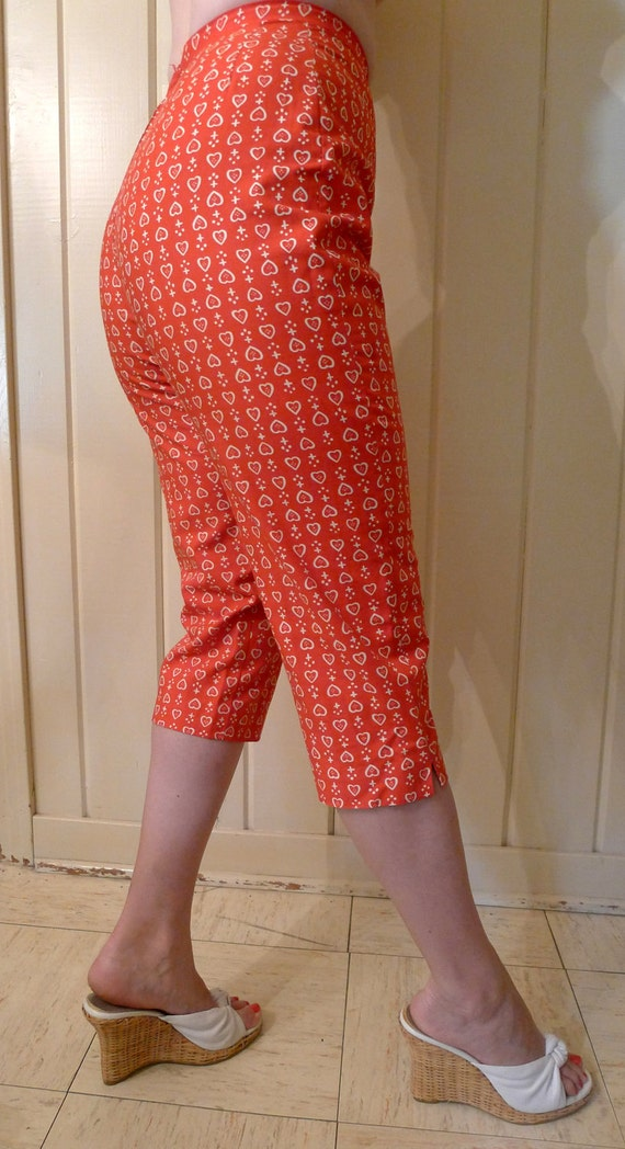 Minty and SO Adorable 1950s Sexy High Waist Tomato Red Capri Pants with Hearts by Lanz--S