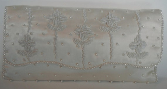 Vintage Richere Clutch Purse 50s60s Hand Beaded Bridal Prom