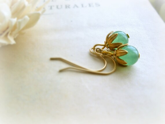 Airen - romantic earrings woodland emerald green jade grapes raw brass leaves caps gift for her under 10