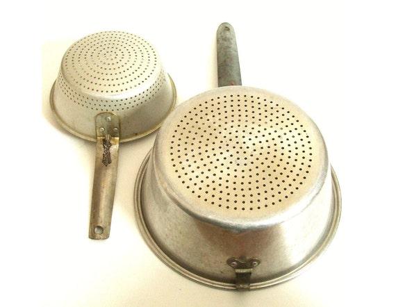Vintage Colanders - Regal / Wearever Metal 3101Aluminum