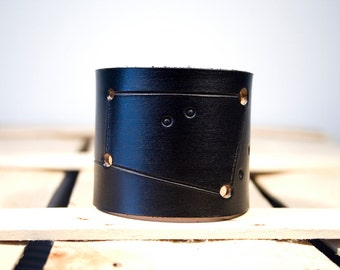 Black leather cuff Cancer constellation