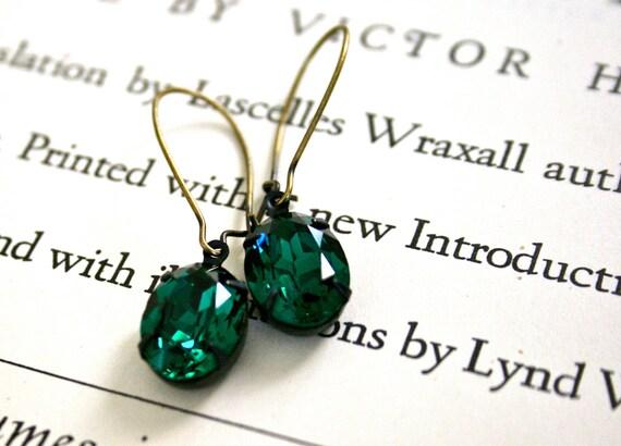 Emerald Swarovski Crystals in Oxidized Brass, Kidney Ear Wires, Estate Style, Bridesmaid Jewelry, Oval