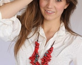 Red Coral Necklace / Colorful Beaded Necklace / Red Statement Jewelry / Handmade Bead Necklace