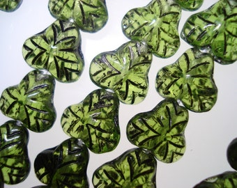 Czech Glass Transparent Olive Green Strawberry Fruit Leaves with black inlay 9mm